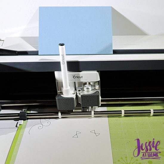 Cricut Maker Getting Started from Jessie At Home - Maker drawing