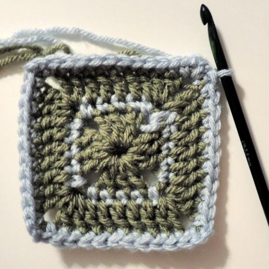 Julianna free crochet pattern by Jessie At Home - Round 4