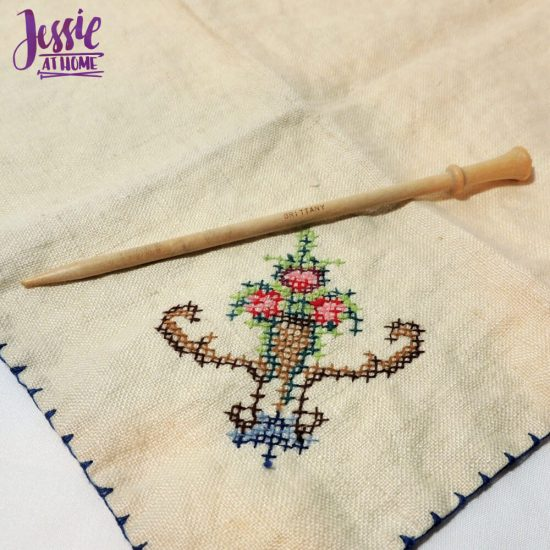 How to Pin a Shawl - featuring a Brittany shawl pin - Jessie At Home - shawl stick