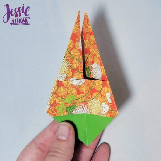 Origami Basket with Handle - paper folding tutorial by Jessie At Home - 11