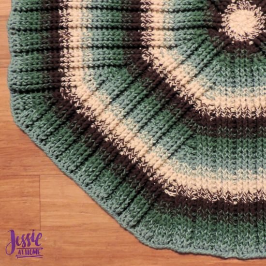Mossy Oaks Rug crochet pattern by Jessie At Home - 3