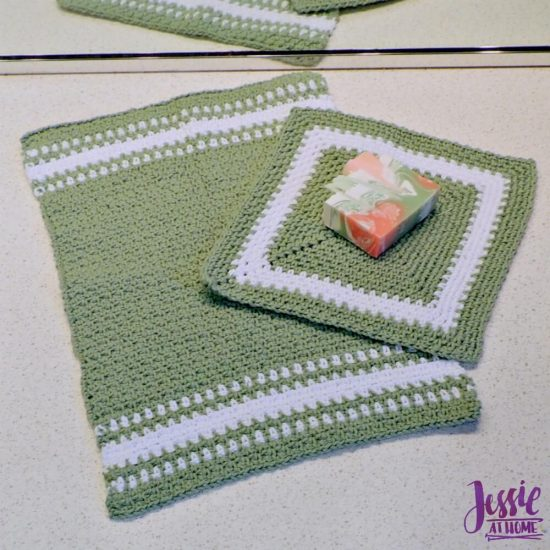 Crochet Spa Towel Set - Spearmint Hand and Face Towels free crochet pattern round up from Jessie At Home - 2
