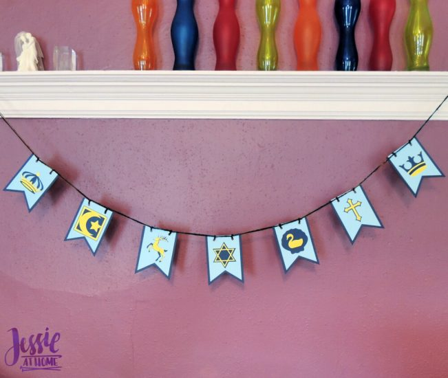 DIY Medieval Banner Cricut tutorial from Jessie At Home - Banner Done