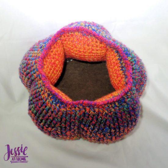 Halloween-Basket-Crochet-Pattern-by-Jessie-At-Home-3