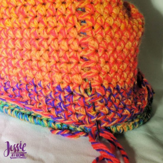 Halloween Basket Crochet Pattern by Jessie At Home - sewing up