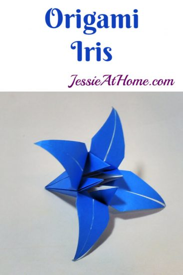 Origami Iris - Japanese Paper Folding Tutorial by Jessie At Home