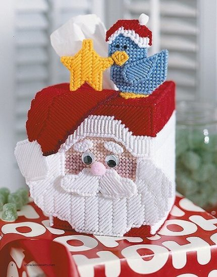 Plastic Canvas Christmas Decor and Ornaments book review by Jessie At Home - tissue box cover