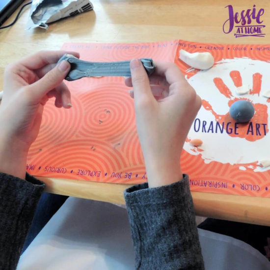 Arctitc Friends Orange Art Box Projects from Jessie At Home - Mixing Color
