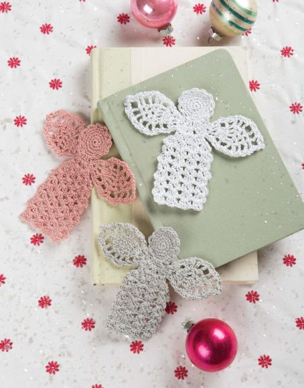 Retro Christmas Ornaments - crochet pattern book review from Jessie At Home - Bookmarks
